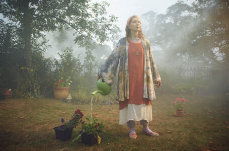Frances Conroy stars as 'Nathalie Raven'a modern day ecological martyr and prophet with a little knowledge and a lot of faith in Spike TVs original scripted series THE MIST, based on a story by Stephen King premieres on Thursday, June 22 at 10 PM, ET/PT.