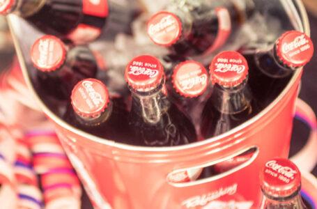 Tarjoiletko Coca-Colan oikein?
